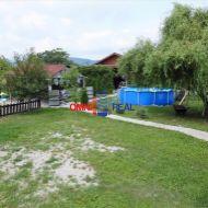 Záhrada, drevená chata, prístup autom na pozemok, Žabí Majer - 415m2