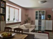 REALITY COMFORT - Kompletne zrekonštruovaný 4 izbový byt (102 m2)  s balkónom v Prievidzi. VÝBORNÁ POLOHA!!