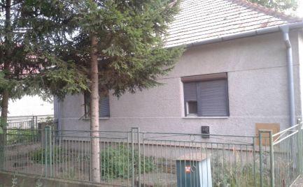 Na predaj  rodinný dom v obci Veľký Kýr