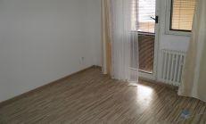 PREDAJ, 3i. byt Nám. priateľstva Dunajská Streda