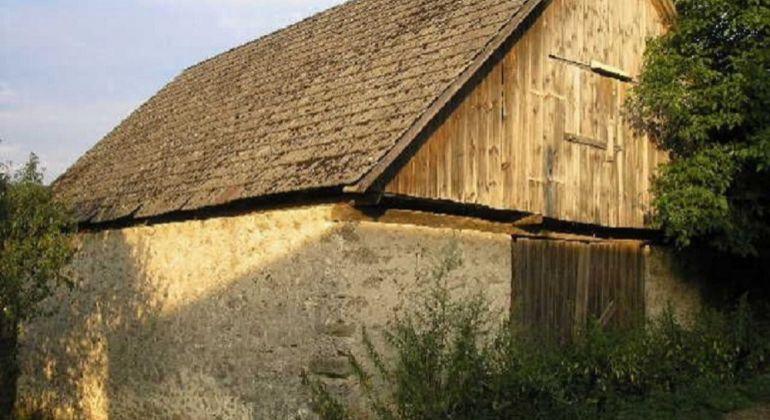 Pozemok so stodolou Hradište Pod Vrátnom