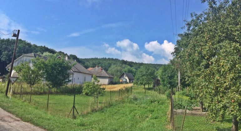 NOVÁ CENA...Cimenná - 12 km od BN / na predaj pozemok 2772 m2