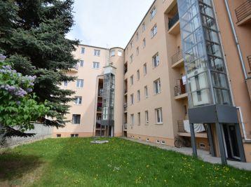 2 izbový byt s vlastným kúrením, holobyt, novostavba, centrum  Piešťany