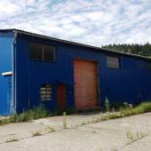Výrobno-skladový areál s murovanou halou 5248m2