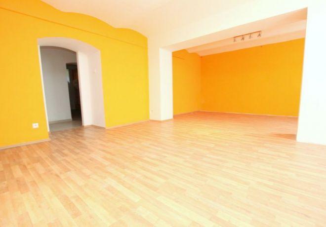 PREDAJ, nebytový priestor,61 m2, Dunajská ulica, BA I - centrum 1