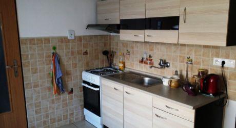 Predaj 2 izbového bytu - širšie centrum Zvolena