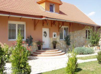 Nádherný domček pri letovisku Tisza v Maďarsku.