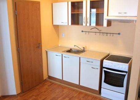 PREDANÉ - zariadený 2izb.byt, Pannónska, Svätý Jur, 43m2