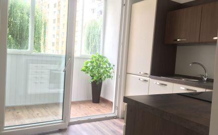 PREDANÉ !  2-izbový byt  balkónom, kompletná rekonštrukcia, Ďumbierska ulica, Prešov
