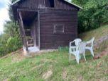 Predaj pozemku so záhradným domčekom