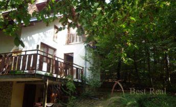 Best Real - celoročne obývaná, murovaná chata v Kučišdorfskej doline