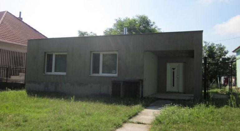 Na predaj bungalov v Šaštíne - Stražoch