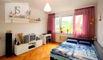 # 1 i byt # útulné bývanie # výborná adresa # skvelá dostupnosť  # bezpečnosť  #