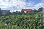 JASOV - Stavebný pozemok s IS medzi novými domami.