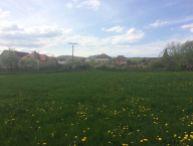 REALFINANC - EXKUZÍVNE u nás Vám ponúkame na predaj stavebné pozemky - pre rodinné domy v obci Lošonec