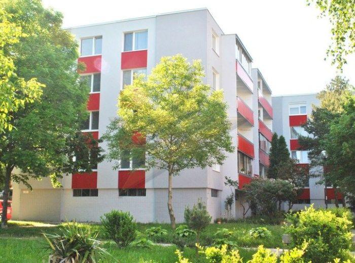 PREDANÉ - ĽUDA ZÚBKA, 4-i byt, 98 m2 - pôvodný stav, novo ZATEPLENÁ 4-PODLAŽNÁ BYTOVKA, NÍZKE NÁKLADY