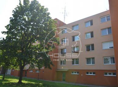 PRENÁJOM: 2 izbový byt, kompletne zariadený, Stupava, ulica Sama Chalúpku
