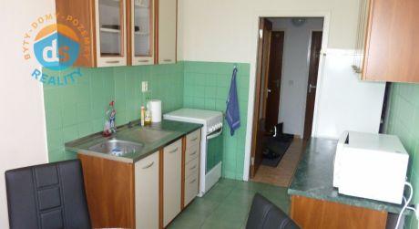 Na prenájom byt 4+1 s balkónom, 76 m2, Trenčín, ul. Liptovská
