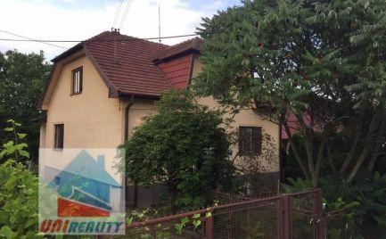 REZERVOVANÉ !!! HORNÉ NAŠTICE - 4 - izbový rodinný dom na predaj, / pozemok 695 m2 / garáž