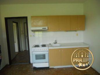 Predaj 1izb.bytu v tichom prostredí Bánovciec n/B., 51,57m2, 2 balkóny.