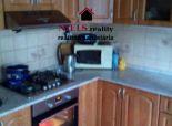 Predaj - Veľkometrážny 3izb.byt+2x murovaná lóggia- v Nitre na Novomeského ulici