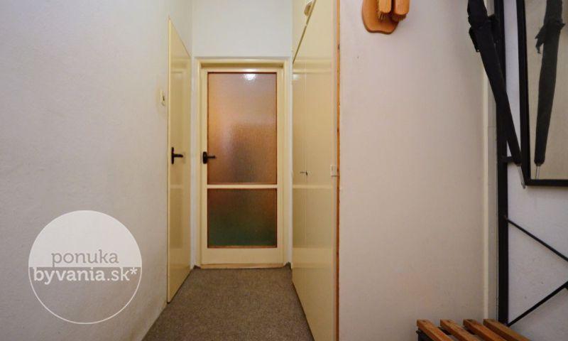 ponukabyvania.sk_Šándorova_3-izbový-byt_archív