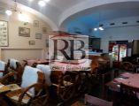 Odstúpenie zariadenej reštaurácie na pešej zóne na prenájom, Bratislava I