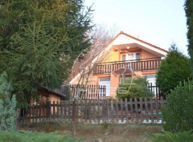 PREDAJ: celoročne obývaná chata, kompletne zariadená, záhradkárska oblasť Stupava, 10 km od Bratislavy