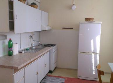 VÝHODNÁ PONUKA: Predáme veľký 2i byt blízko centra v Poprade