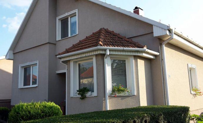 Predaj: 6 izbový rodinný dom a samostatný byt,Dunajská Streda