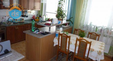 Na predaj byt 3+1 s lodžiou  83 m2, Trenčín, ul. Bavlnárska