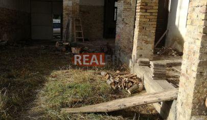 REALFINN Predaj stavebný pozemok Komoča