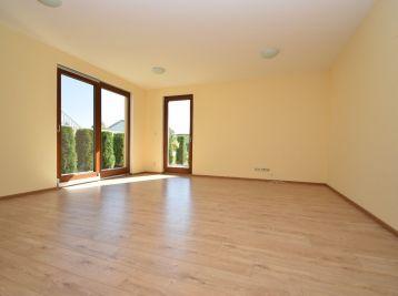 Nový 2 izbový byt s terasou a parkovacím miestom, 54 + 24 m2, Ivanka pri Nitre