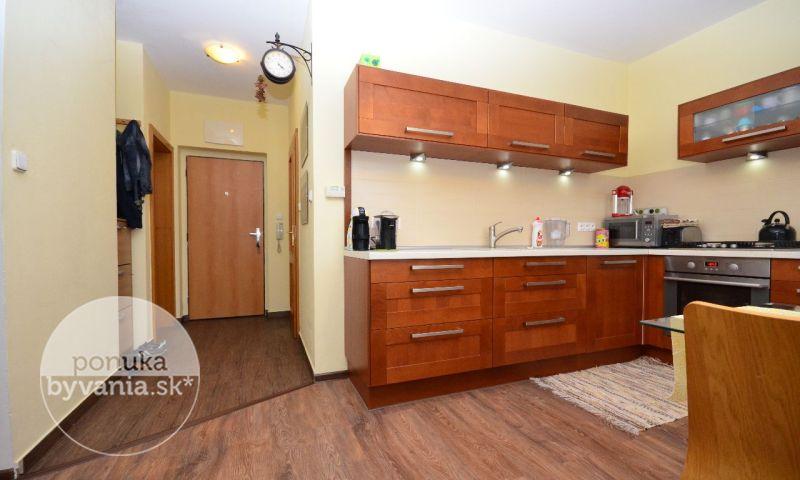 ponukabyvania.sk_Kulíškova_2-izbový-byt_HANUSKA