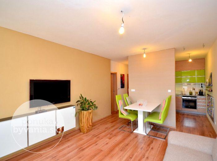 PREDANÉ - PODZÁHRADNÁ – 2-i byt, 58 m2 – slnečný byt, NOVOSTAVBA, PIVNICA, BALKÓN, vlastné parkovacie státie
