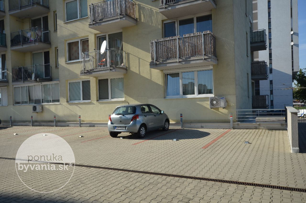 ponukabyvania.sk_Podzáhradná_2-izbový-byt_HANUSKA