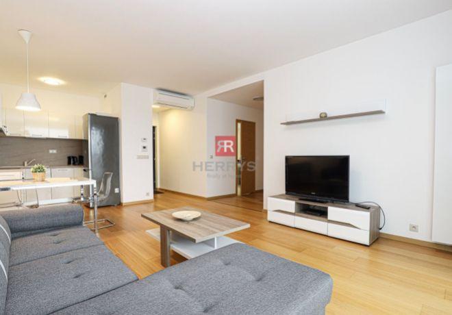 PRENÁJOM, 2 izbový byt 64 m2, novostavba Panorama City, BA - Staré mesto 1