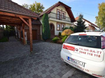 5.izb. dvojpodlažný rodinný dom - Moravany nad Váhom