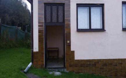 Predaj rodinného domu na Čiernom, okres Čadca ( pozemok 1400 m2, zastavaná plocha 135 m2 )