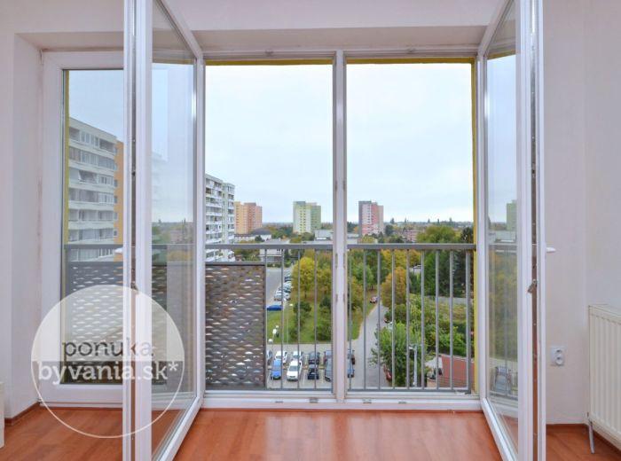 PREDANÉ - KAZANSKÁ, 2-i byt, 53 m2 - NOVOSTAVBA, francúzsky BALKÓN, ihneď voľný, PARKOVACIE miesto, mesačné NÁKLADY 80 EUR