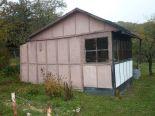 Zvolen, Stráže – záhrada s chatkou a altánkom – predaj