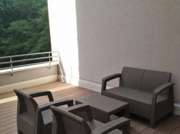 BA-Petržalka, malý 1 izb. byt v novostavbe s velkou TERASOU 40m2 na prenájom, Antolská ul., 430,-€ vr. energií