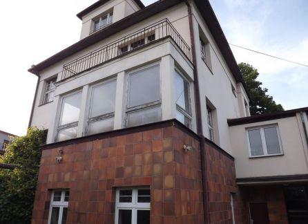 StarBrokers –  Predaj rodinnej vily v nadhernom prostredí pri Slavíne s panoramatickým výhľadom.