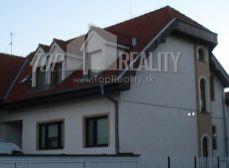 PRENÁJOM 4 izbový byt v RD - ul. Korytnická, Bratislava II. Podunajské Biskupice