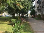 Predaj 3-izbového bytu s balkónom v Beluši, 65m2.