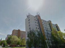 3 izb. byt na Hlavnej ul. v Šamoríne v zateplenom dome blízko centra.
