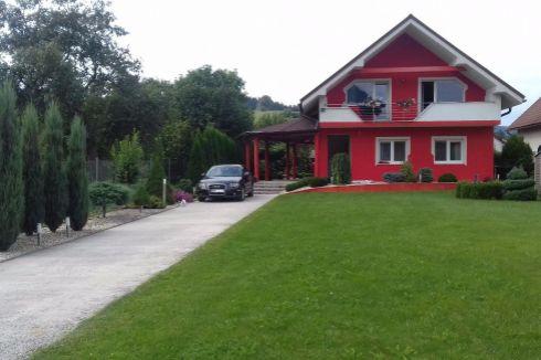 EXKLUZÍVNE - Rodinný dom 7 km od Žiliny