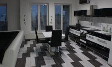 4-izb.byt,103m2+balkón22 m2, Borovicový háj,Terasa