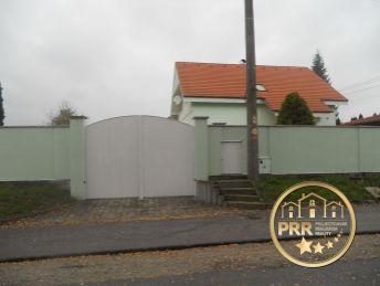 Predaj luxusného RD s terasou v  H.Ozorovciach, časť Bánovce n/B.