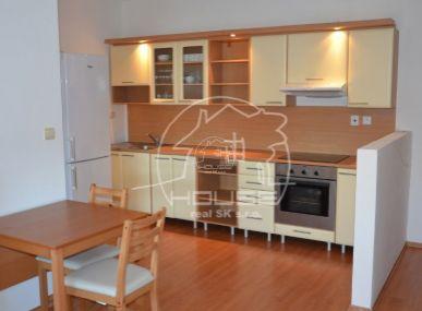 PREDAJ: 2 izb. byt s balkónom, s garážou, novostavba, zariadený, Senec, Zemplínska ul.